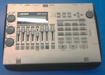 PRE-OWNED: Boss BR-900 Portable Digital Multi Track Recorder
