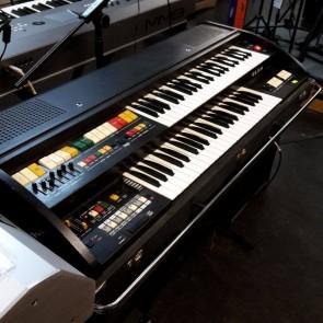 PRE-OWNED: Elka Electronic Organ Keyboard