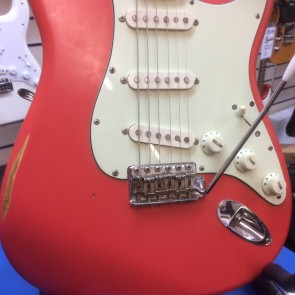 PRE-OWNED: Fender ST54D/HM Hank Marvin Signature Stratocaster Custom Relic, Made in Japan 1997